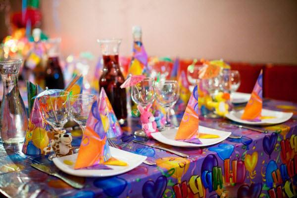 Украшение стола на день рождения своими руками ребенку